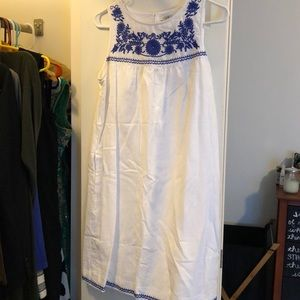 Linen shift dress with blue embroidery